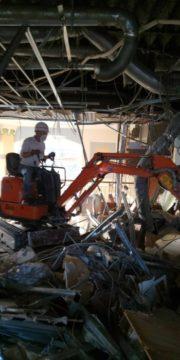 解体工事の様子をご紹介いたします!